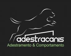 Adestracanis